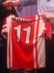Olisadebe signing